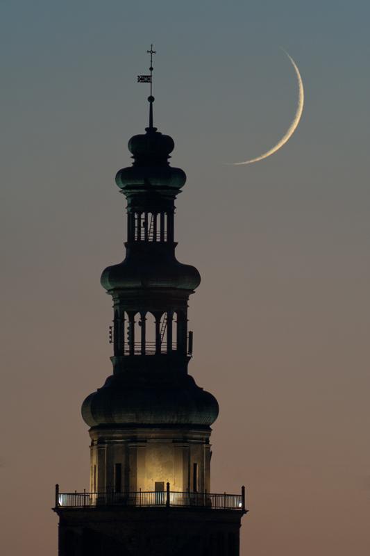Młody Księżyc wChełmży