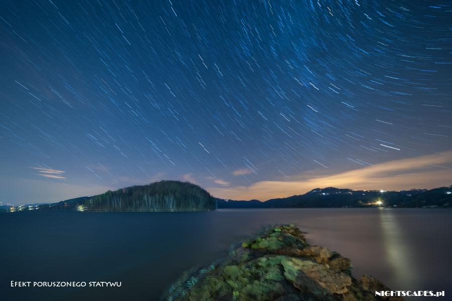 Jeden znajczęstszych błędów wfotografii ruchu gwiazd - poruszenie statywu