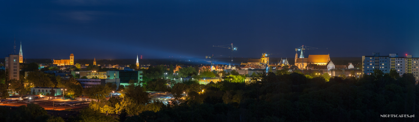 Nocna panorama Torunia 2014