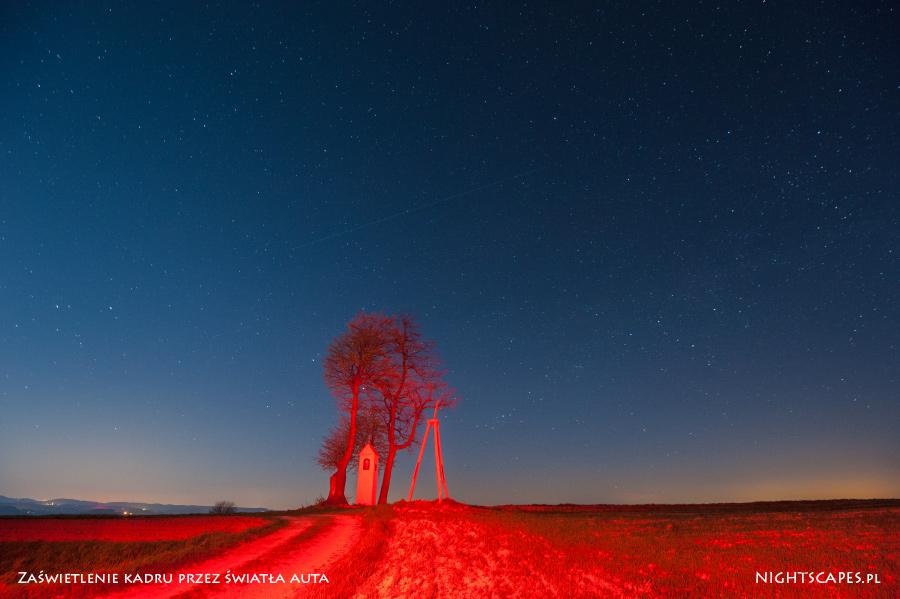 Błędy wfotografii gwiazd: zaświetlenie kadru przezświatła samochodu