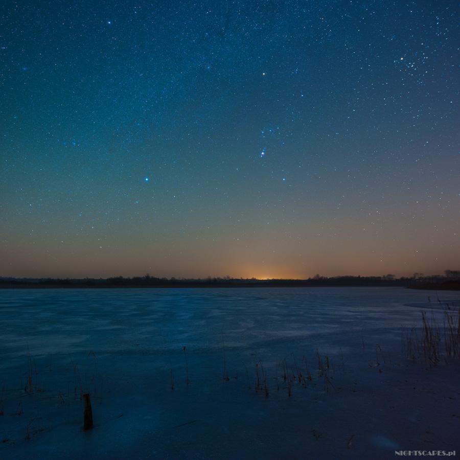 Zimowe niebo nadJeziorem Sicieńskim