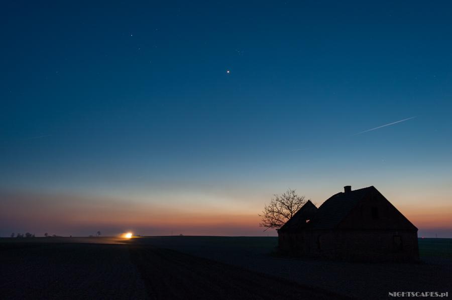 Koniunkcja Wenus zPlejadami wstylu Interstellar. Kwiecień 2015