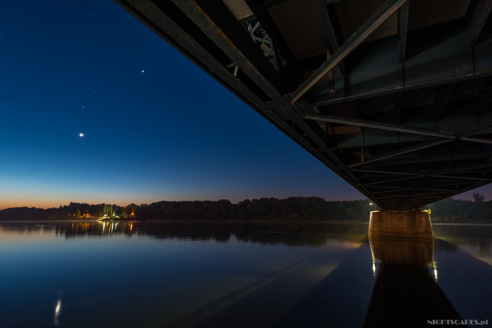 Toruń Wenus Jowisz Mars Księżyc Wisła Most