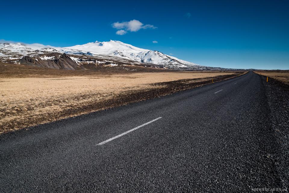 Droga podwulkanem Snæfellsjökull.