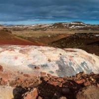 Krýsuvík - kolorowe skały.
